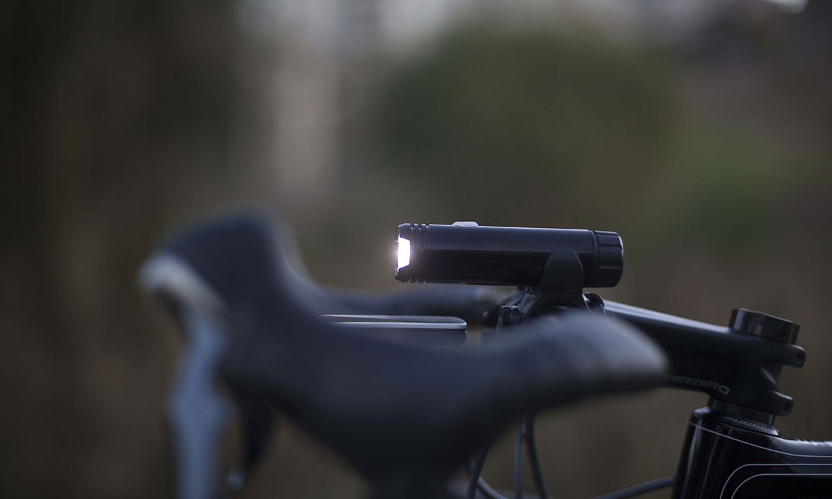 Crux-250-Lumen-Front-Light2